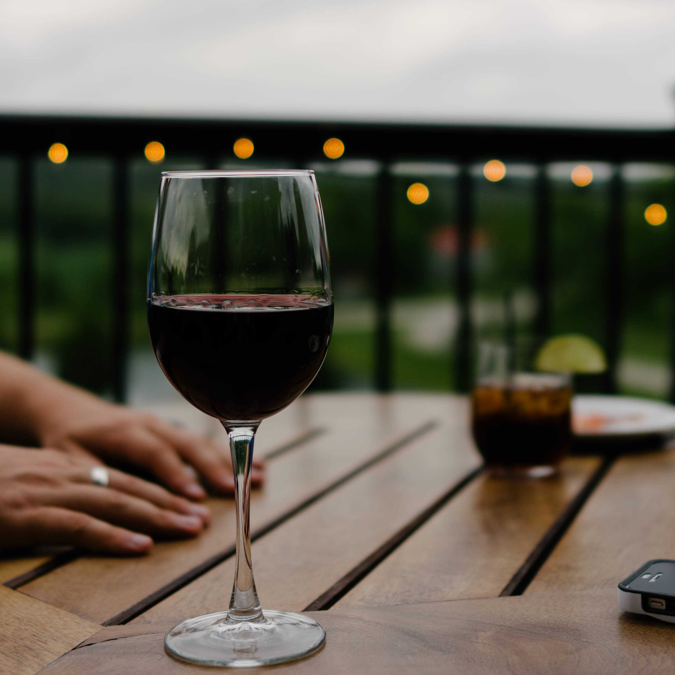 Wine-travels. 3 places to go. (this article can be read in 36 seconds)