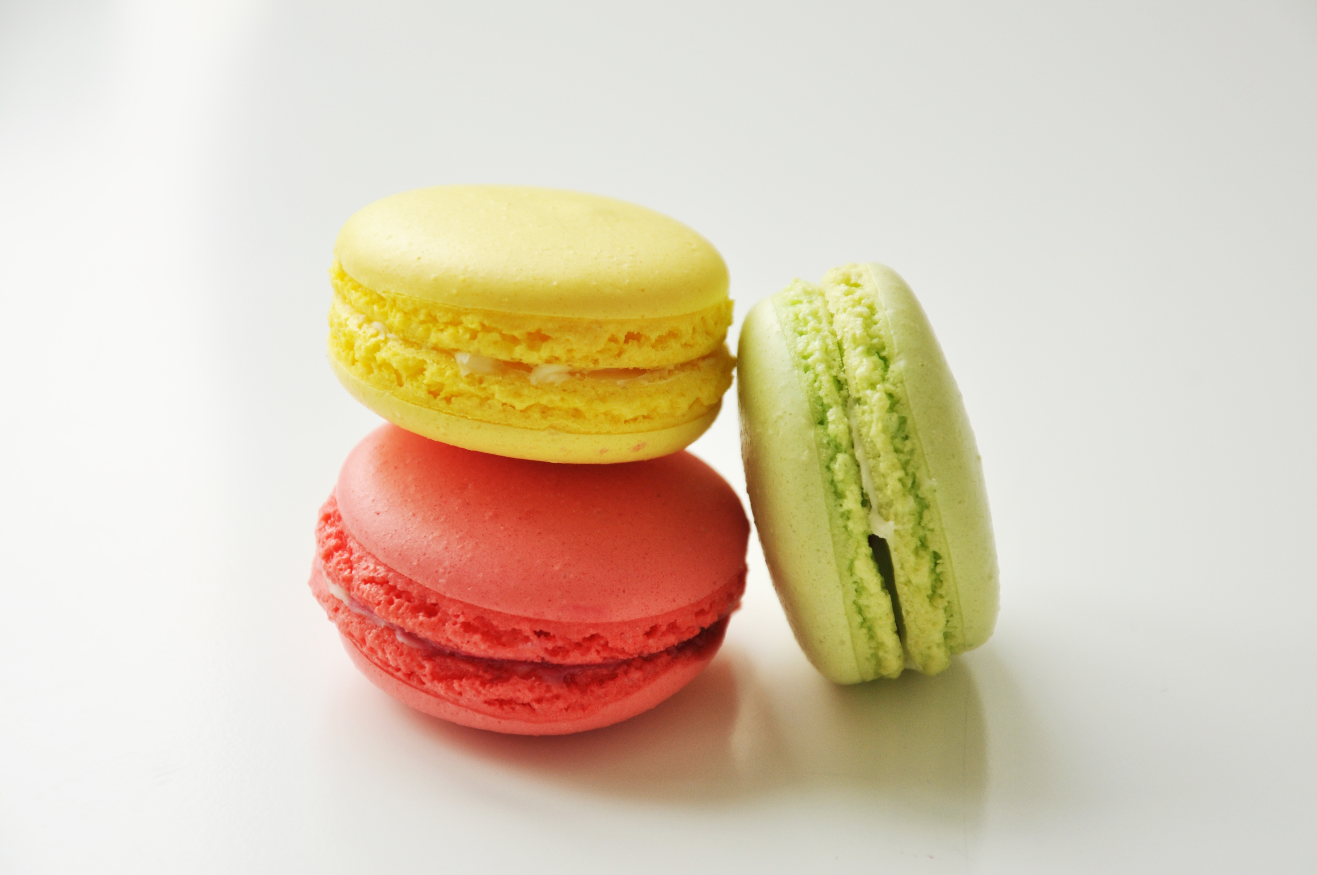 What Macarons have in common with the Gioconda