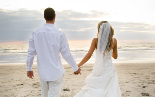 5 good reasons to get married 'elsewhere'