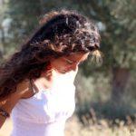 Come mantenere i capelli sani e curati anche in lunghi viaggi