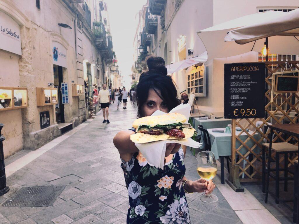 mangiare a Lecce la puccia leccese