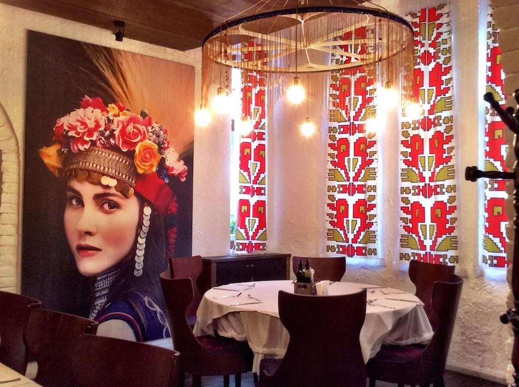 Dove mangiare a Sofia (e che cosa mangiare e COME mangiare)