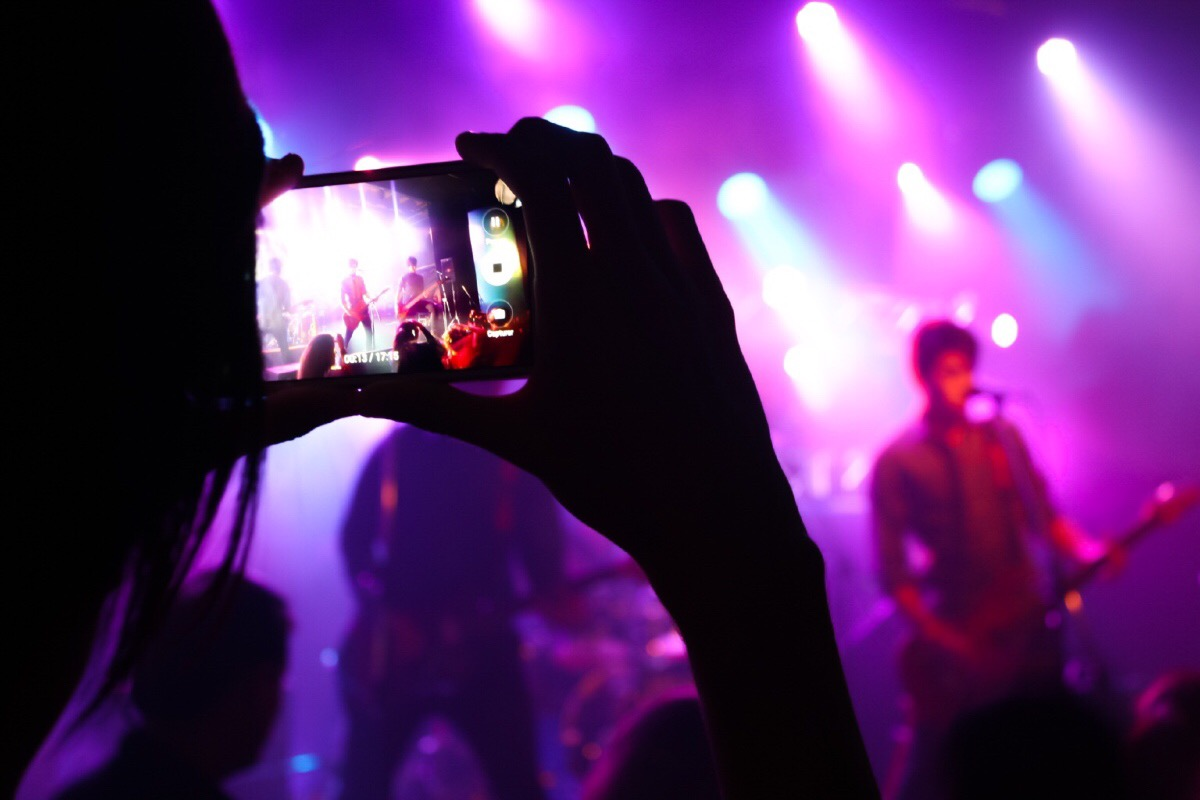 Sofia nightlife: dove andare per musica, live, drink?