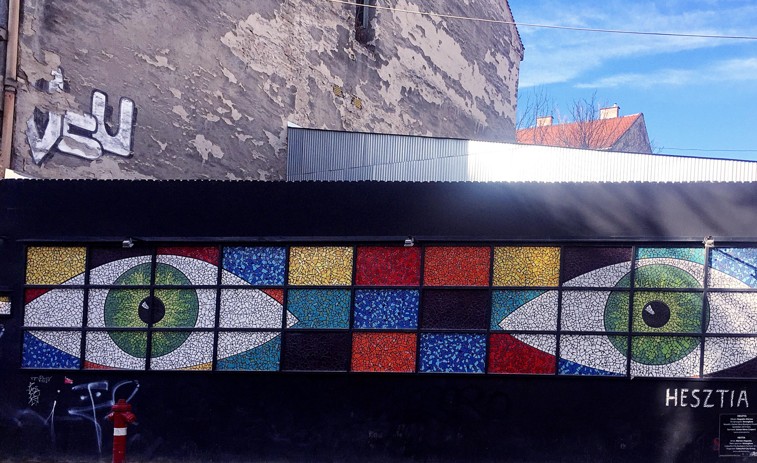 La street art speciale di Budapest: dove trovarla e… come cercarla
