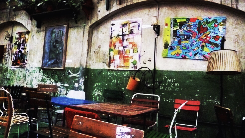 art e interior decor in Szimpla Kert
