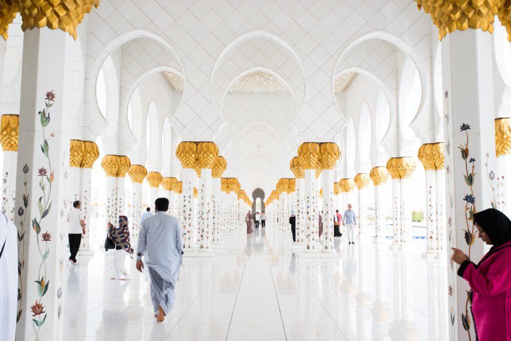 Dubai - do and don't wear