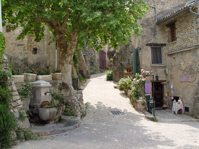 Tourtour_Viaggio in provenza