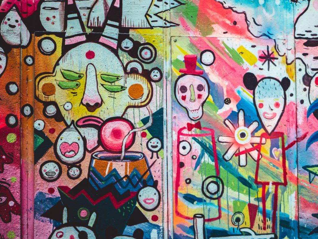 curiosita su barcellona - graffiti javier-bosch-592977-unsplash