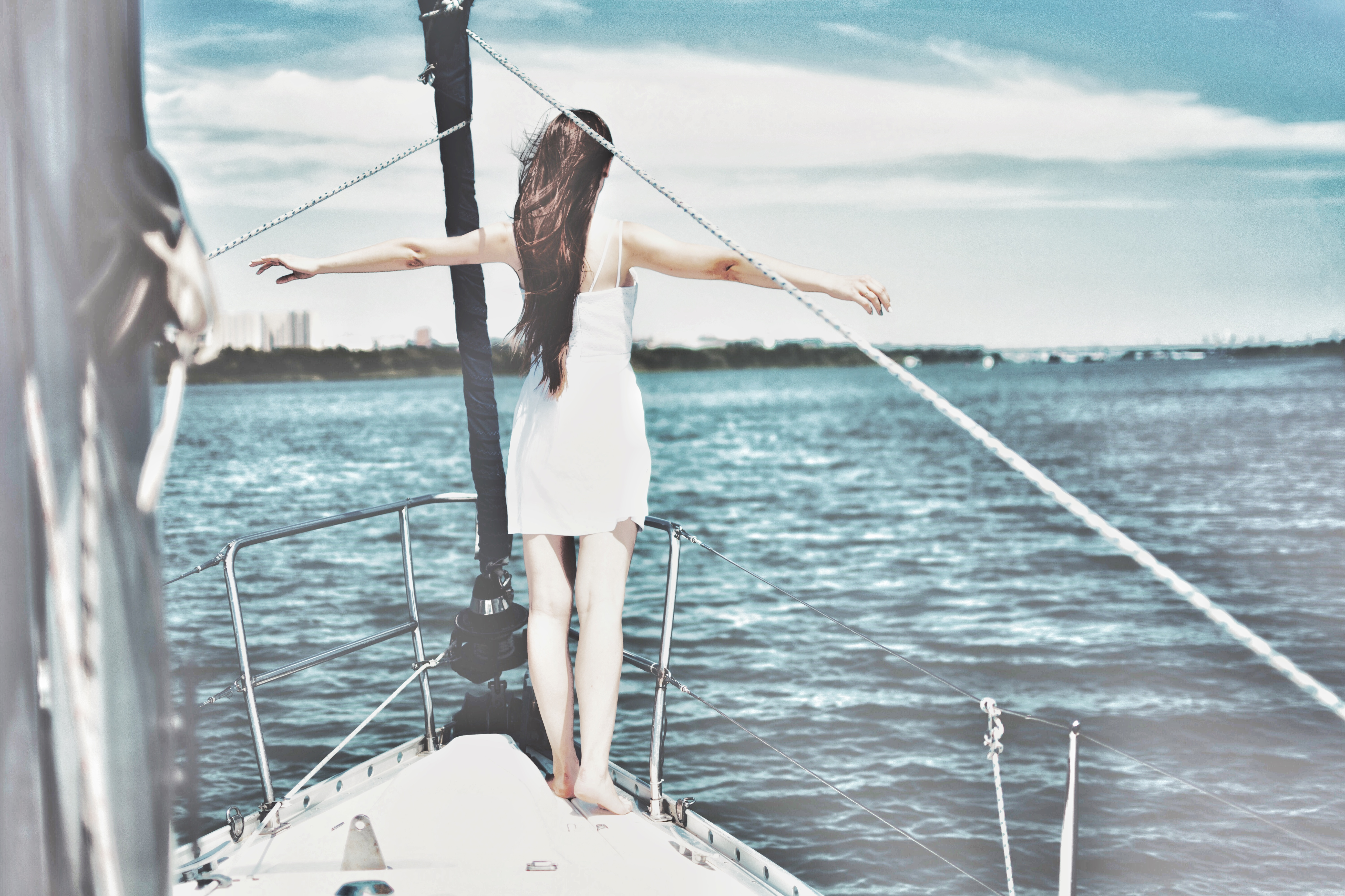 How to plan a trip by boat (with or without a boating licence)