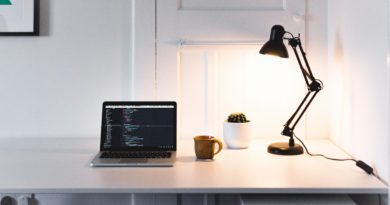 rich-tervet-LAMP_DESK_LAMPADA SCIVANIA-unsplash