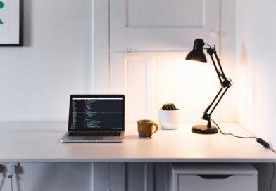 rich-tervet-LAMP_DESK_LAMPADA SCIVANIA-unsplash