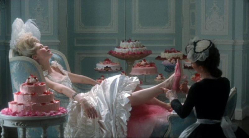 Scena da Marie Antoniette, di Sofia Coppola.