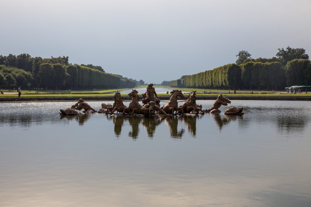 Visitare Versailles, ph. Nikolay Maslov, unsplash