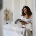 Accommodation uniche: Dormire in un atelier di abiti storici e sartoria di pregio nel Salento