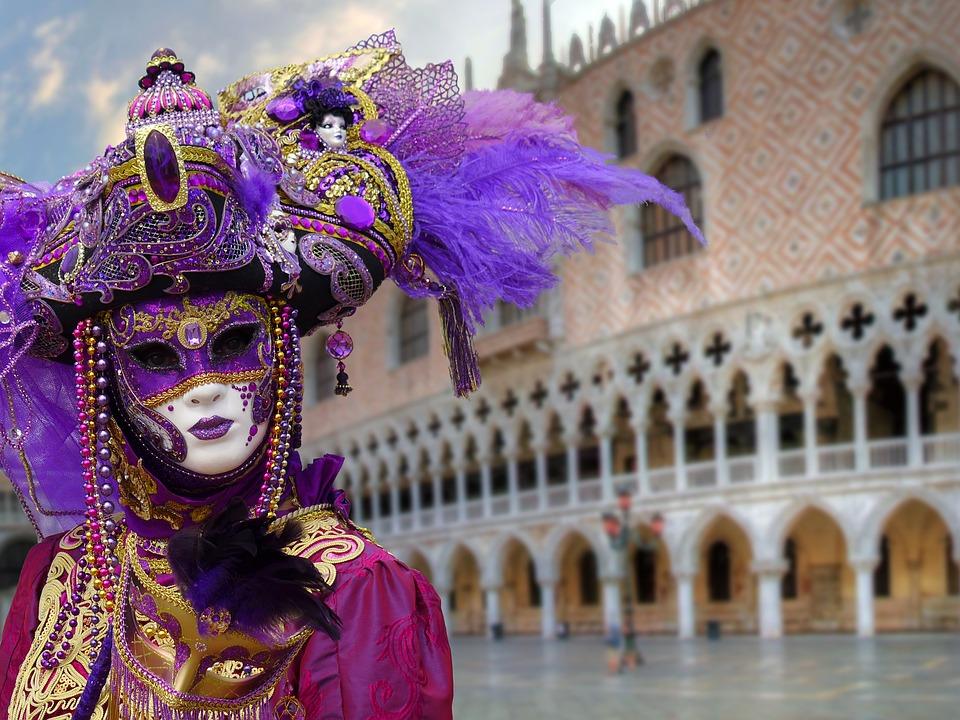 Come sopravvivere al Carnevale di Venezia