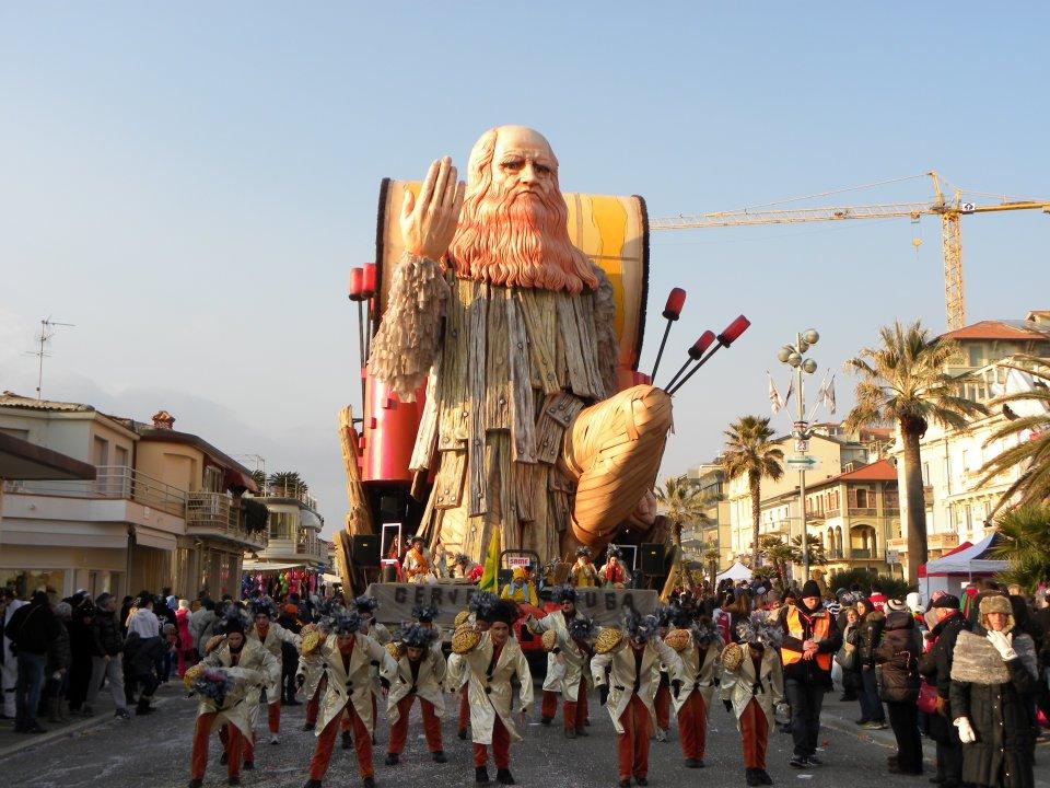 Scena da carnevale di Viareggio