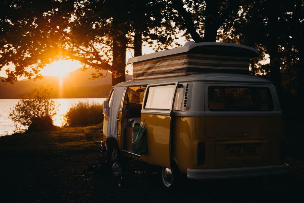 viaggio in camper kevin-schmid-512746-unsplash