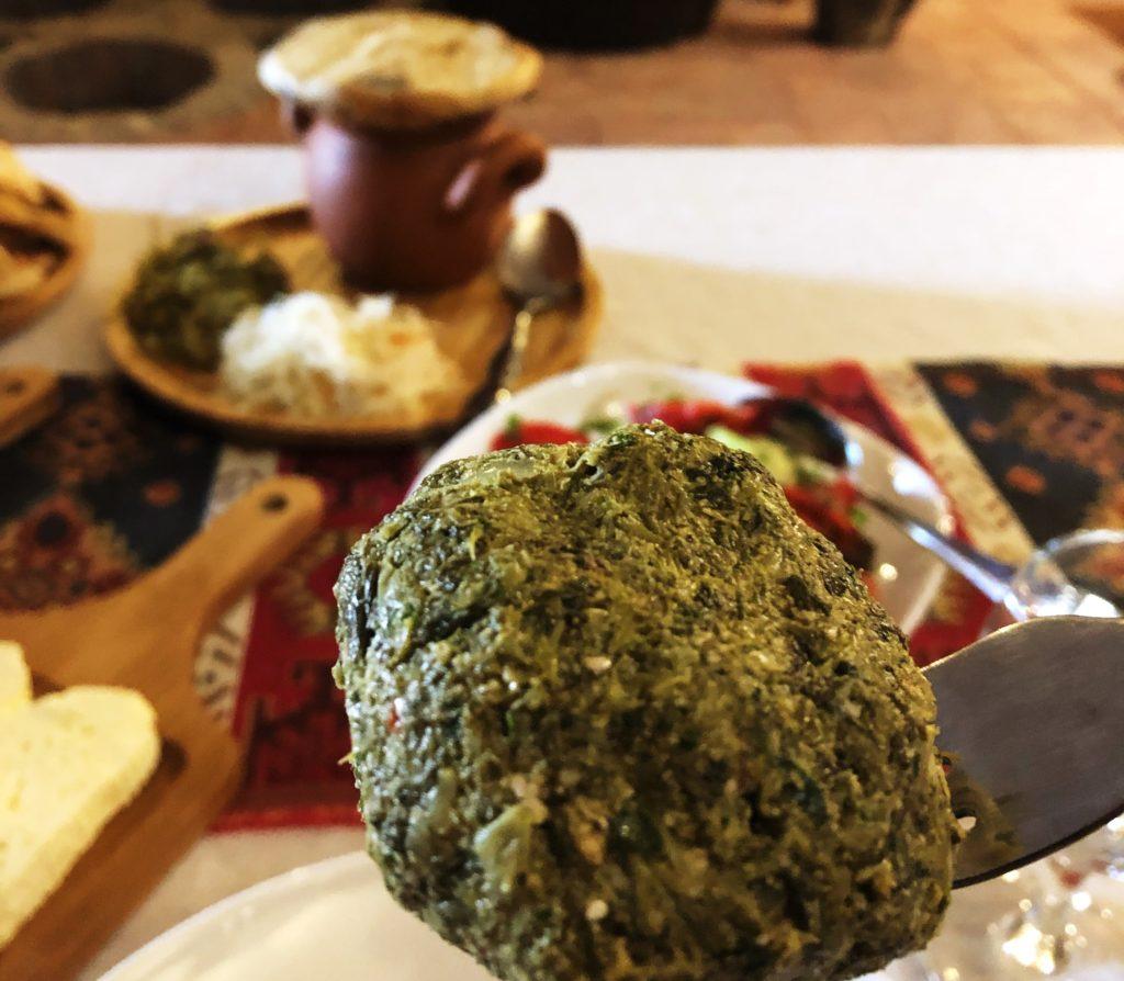 Phali_cibo georgiano_palle di melanzane e verdure