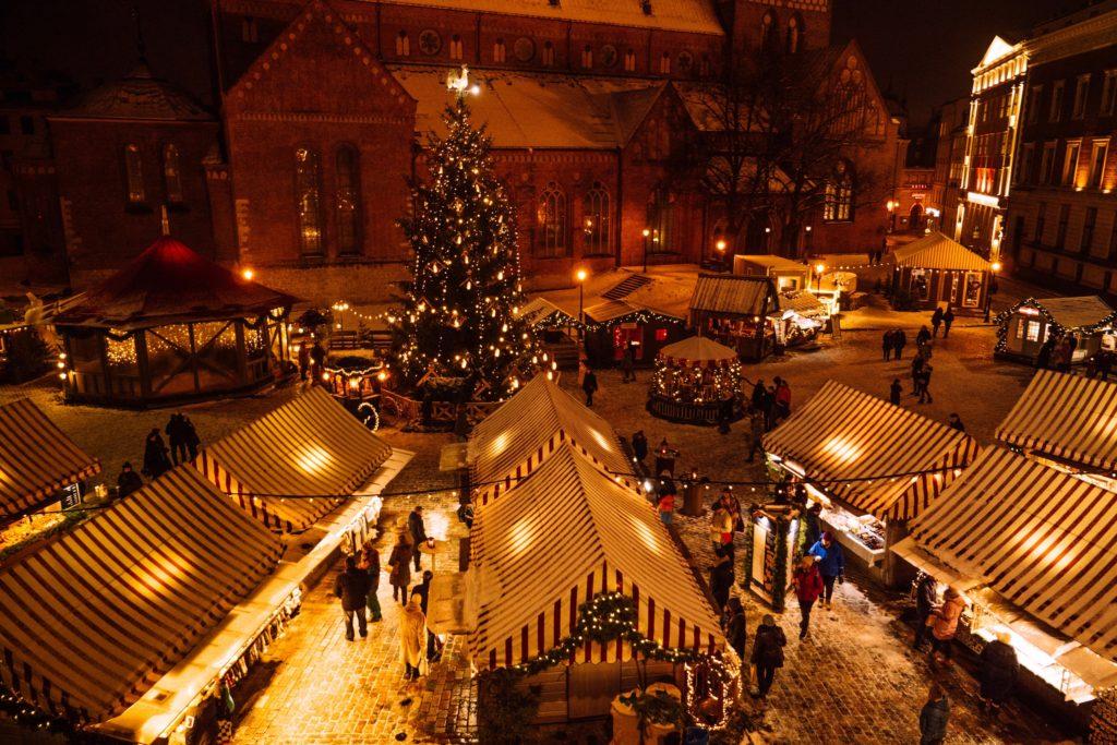 dome square and snow in riga