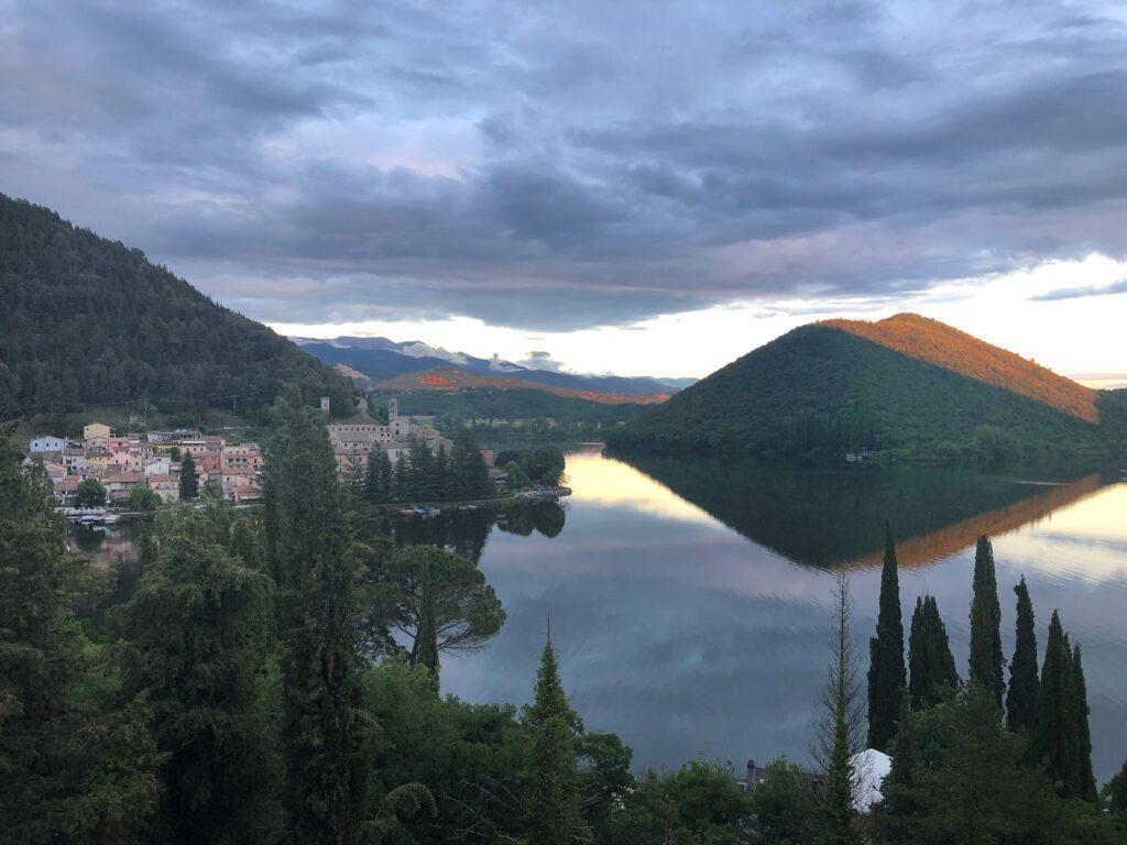 Lago di Piediluco - da vedere nei dintorni di Terni