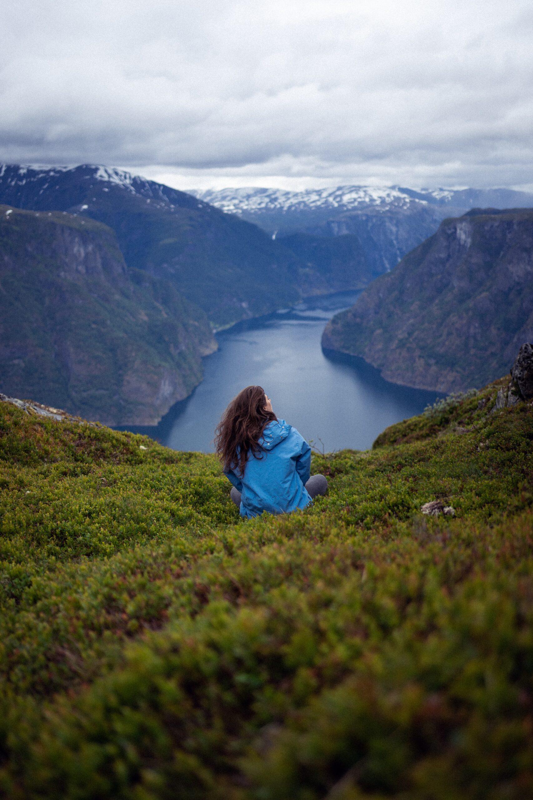 Organizzare un viaggio in Norvegia, scegliendo tra città, natura aurore boreali e fiordi