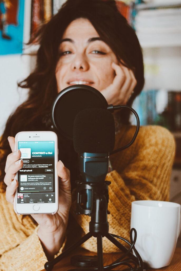 podcast contente noi - podcast scrittura