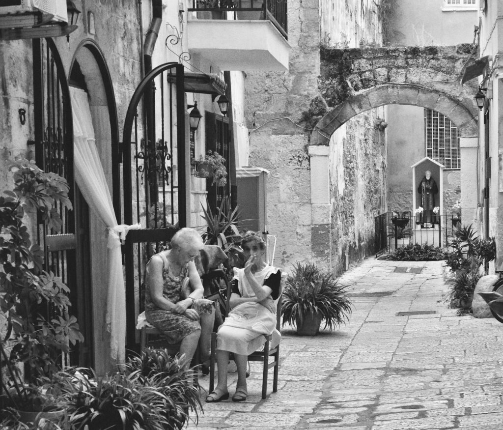 things to do in bari - what to do in bari bari vecchia - unsplash